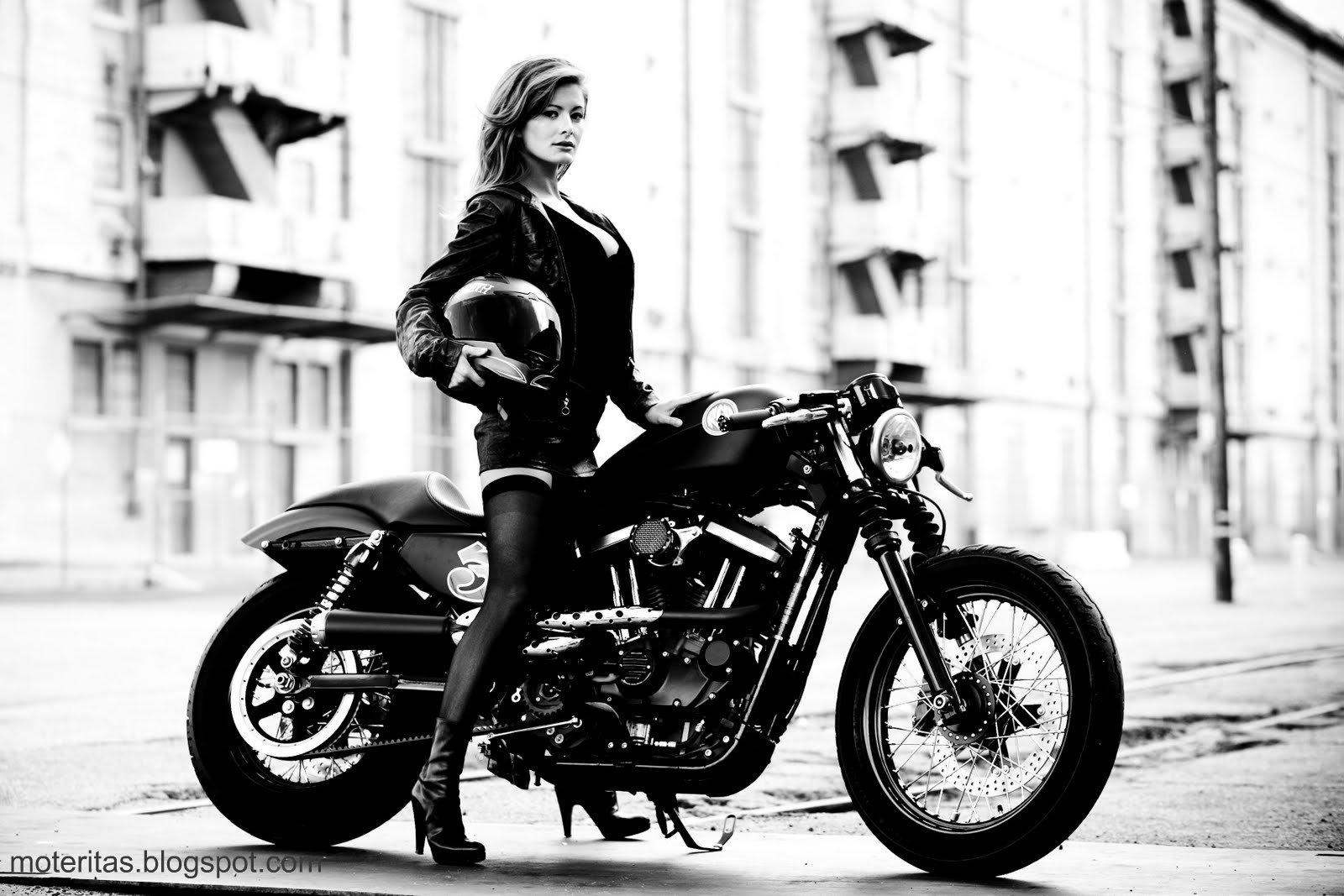 Harley Davidson XL 1200 Sportster Nightster 1600x1067