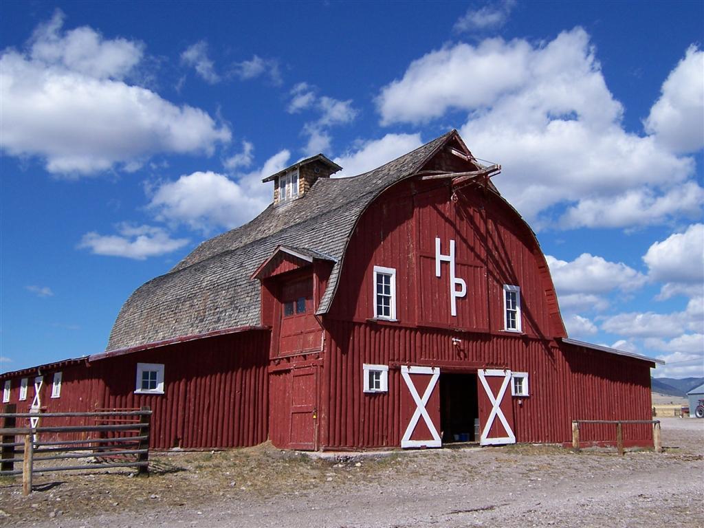 Old Farm Buildings Wallpaper - WallpaperSafari