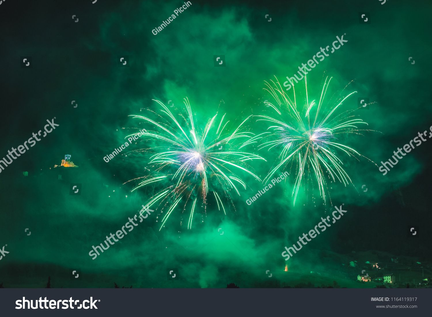 Wonderful couple of green fireworks on the feast of the patron 1500x1101
