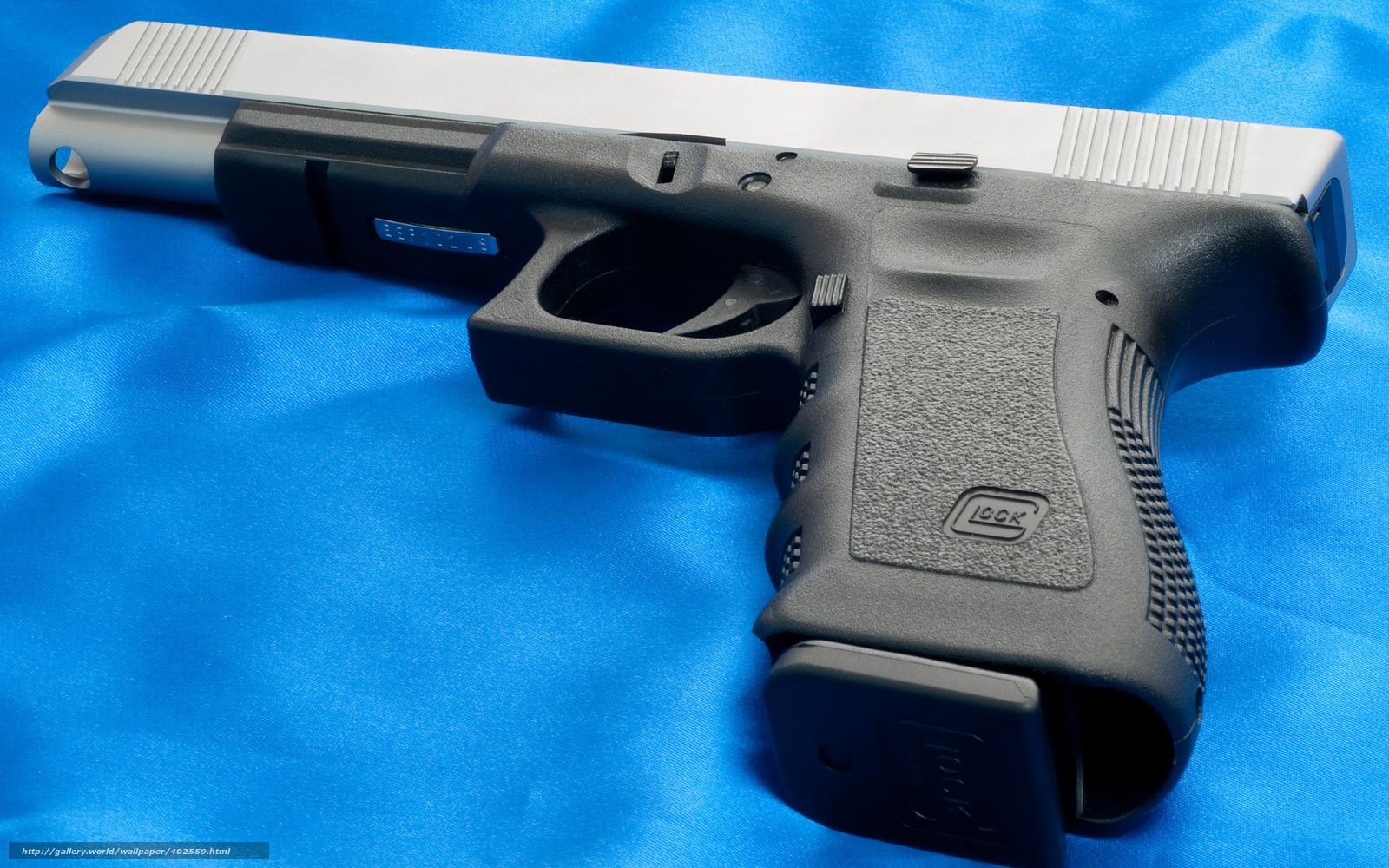 pics photos guns weapons glock knives 1775x1177