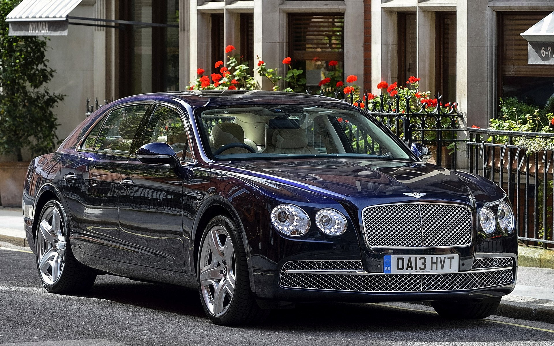 2013 Bentley Flying Spur UK   Wallpapers and HD Images Car Pixel 1920x1200