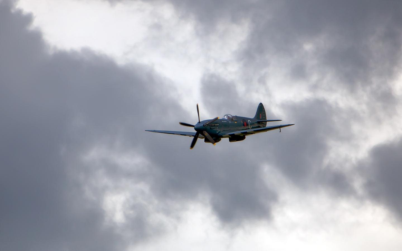 Spitfire Backgrounds - WallpaperSafari