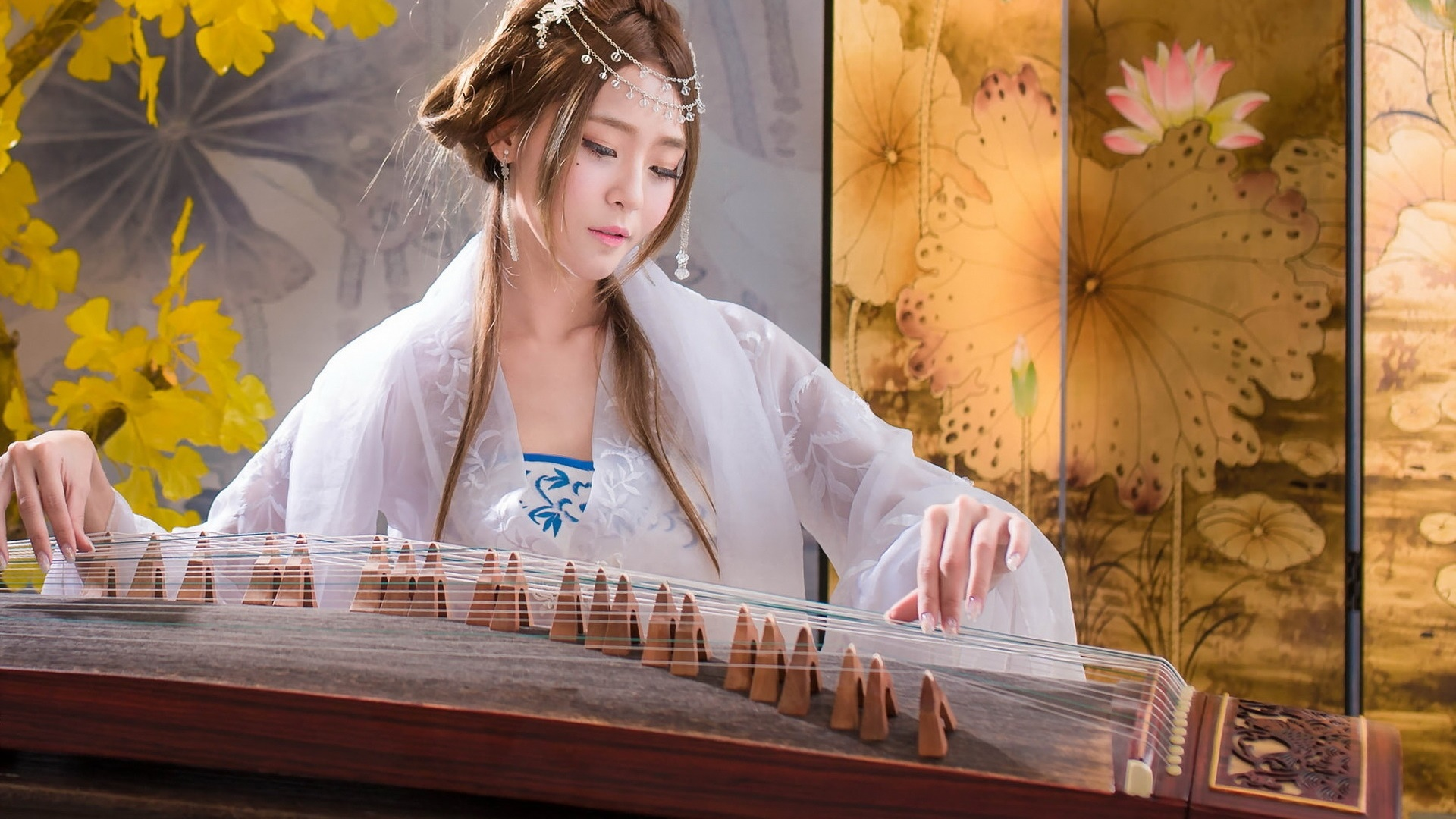 Chinese girl playing zither Desktop Wallpaper 1920x1080 1920x1080