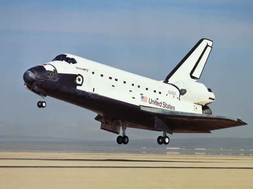 shuttles space wallpapers 13 1 space shuttle discovery 1 space 1024x768