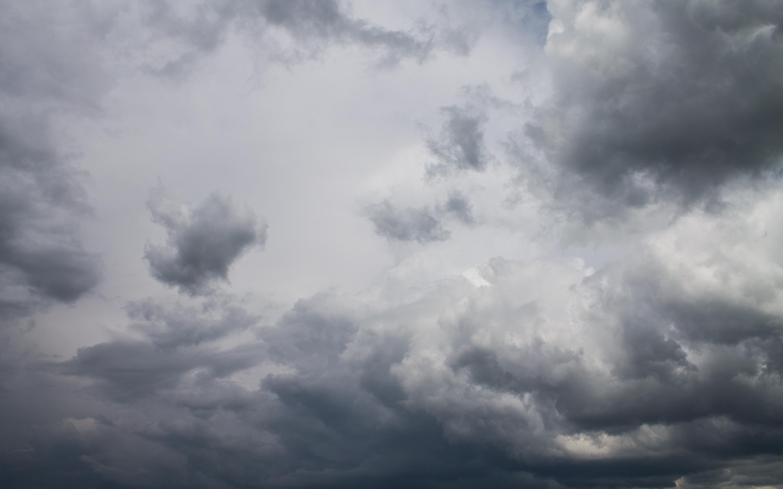 Gray clouds wallpaper 19752 2880x1800