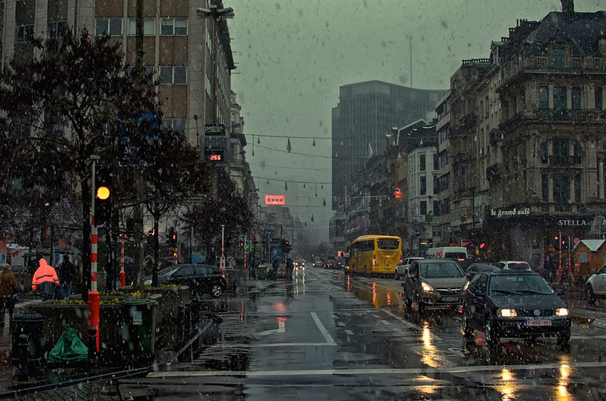 [74+] Rain Wallpaper Hd on WallpaperSafari
