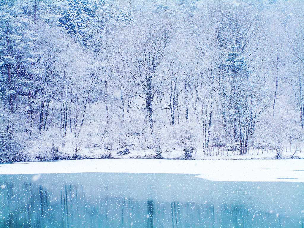ice cold winter frozen lake desktop wallpaper cold pc cool snow white 1024x768