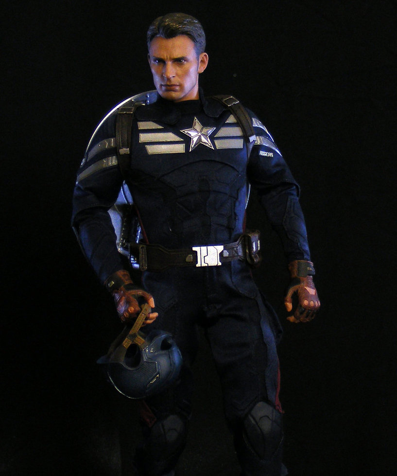 Hot Toys Steve Rogers 4 by maulsballs 817x979