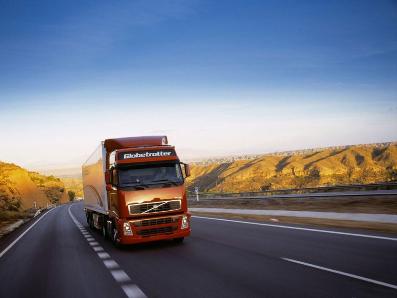 Volvo Semi Truck Wallpaper Sweden