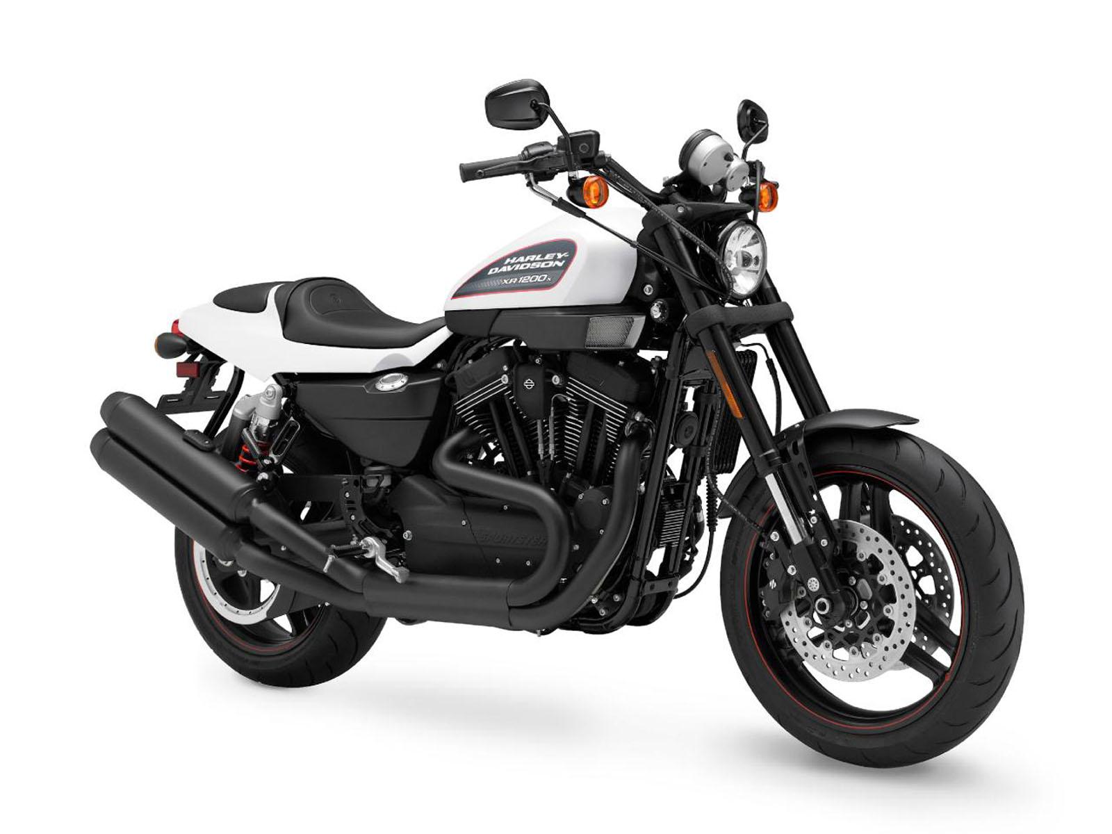 wallpaper Harley Davidson Bikes Wallpapers 1600x1200