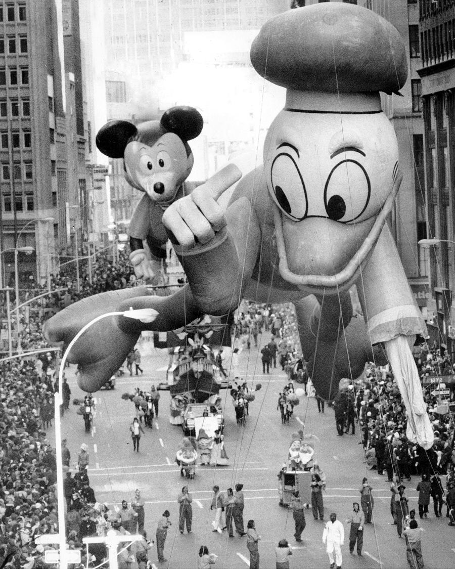This Week in Disney History Mickey Debuts in the Macys 900x1125