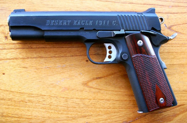 Magnum Research Desert Eagle Wallpaper Background Pictures 720x474