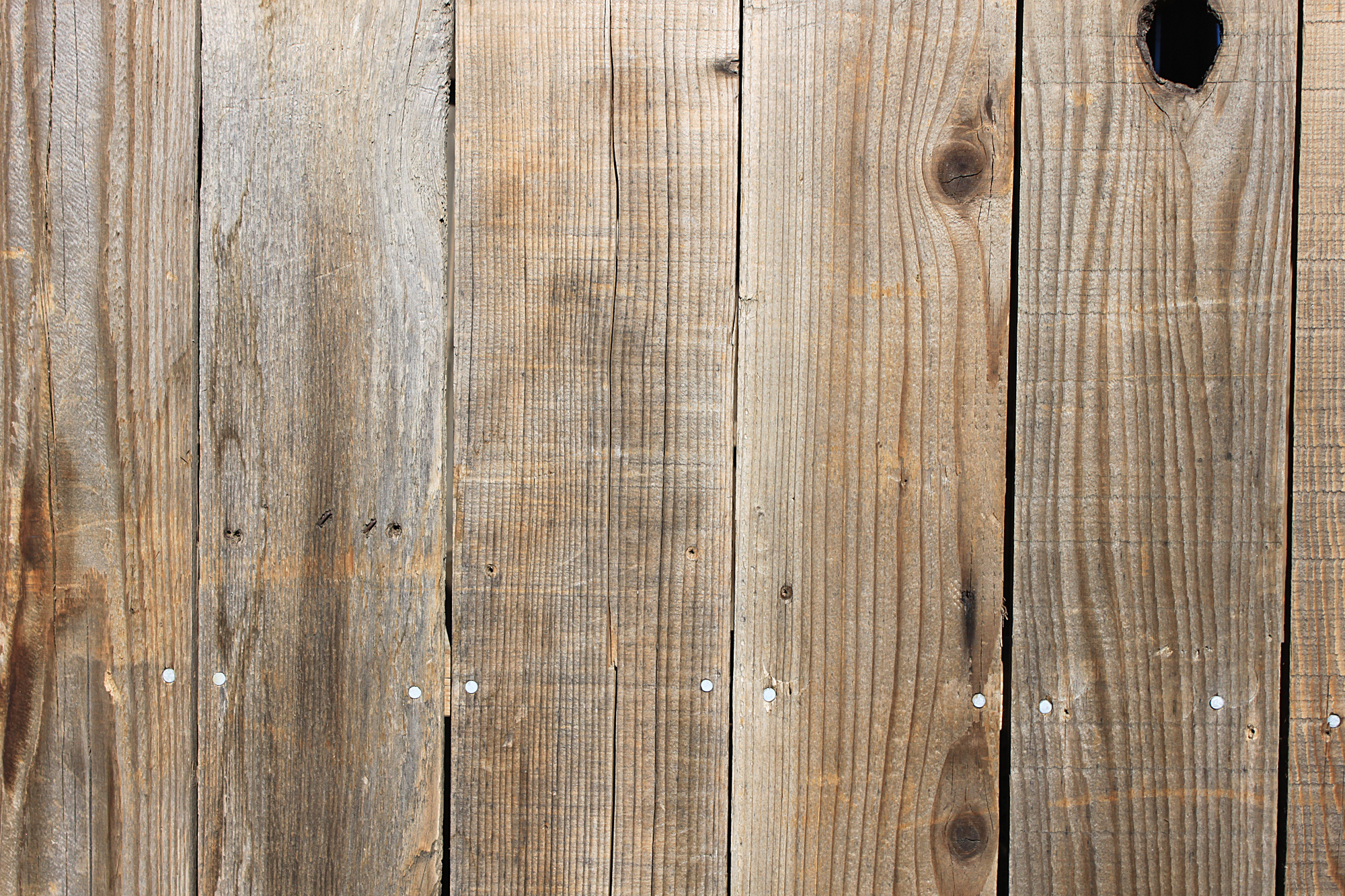 Totally FREE High Res Rustic Wooden Textures and Graphic Elements 2000x1333
