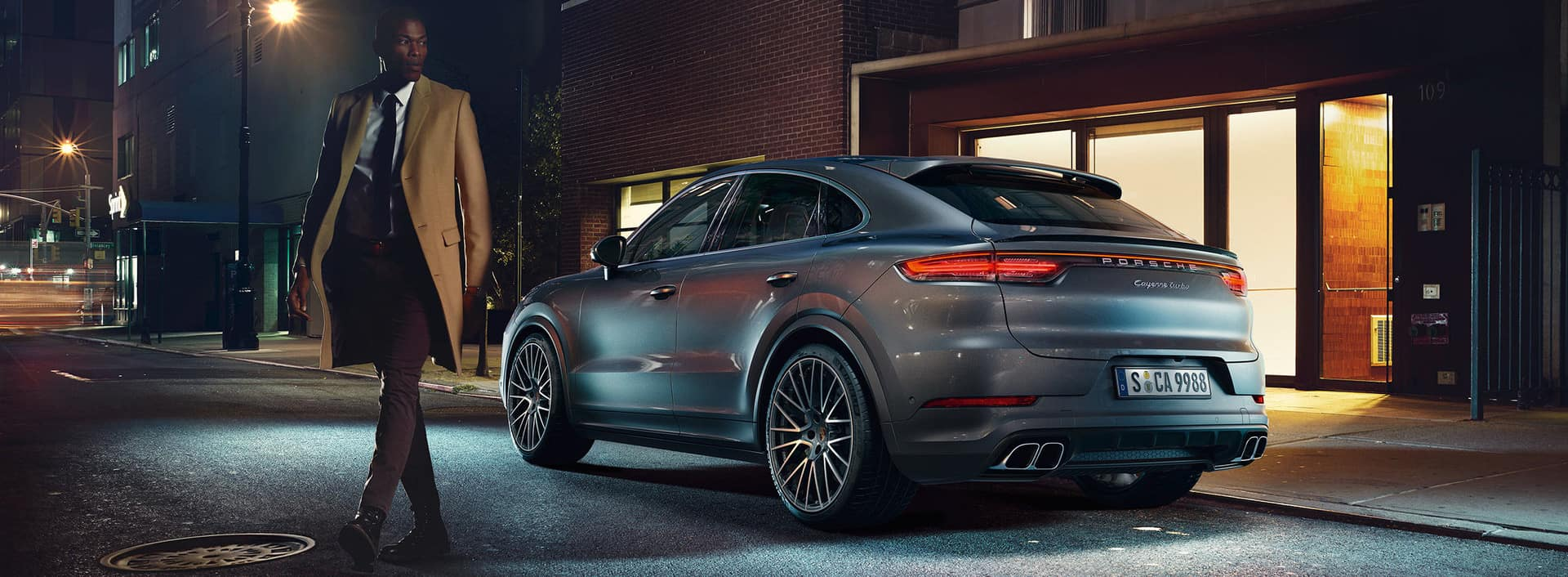 The new Cayenne Coup Porsche of the Village 1920x706