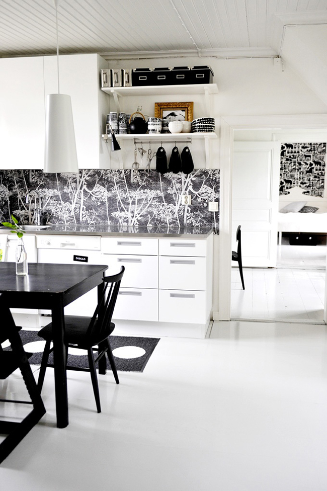 Merveilleux Wallpaper In Your Kitchen Or If Not Perhaps To Convince You That 650x976