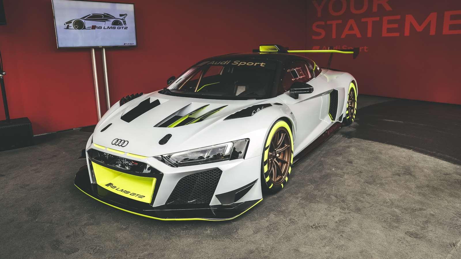 Audi R8 LMS GT2 the ultimate customer race car 1600x900