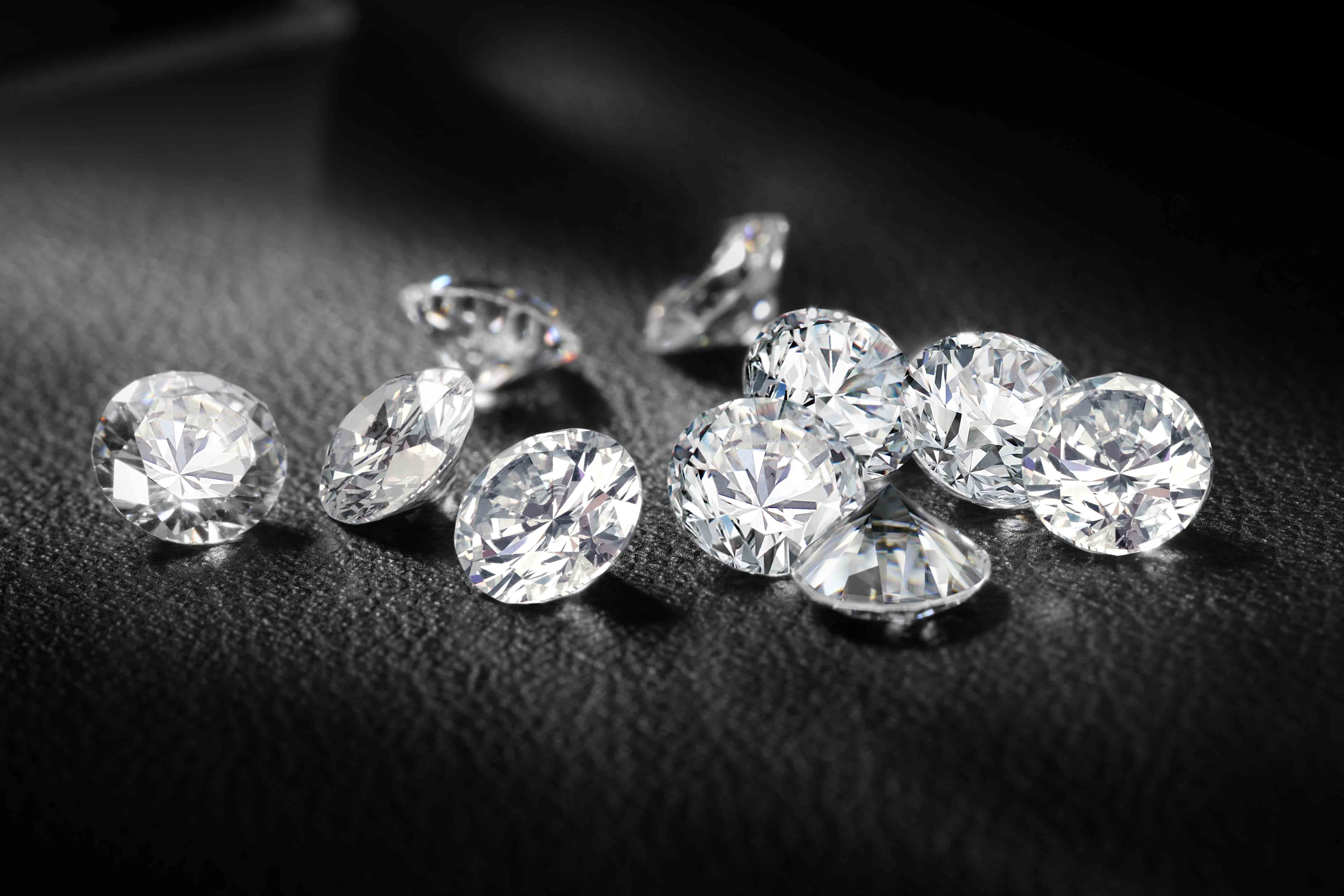 Sparkling Diamond HD Wallpaper Others Wallpapers 4992x3328