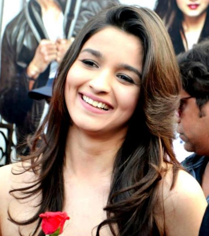 Alia Bhatt Wallpapers Download HD Cute Bollywood Actress 720x811