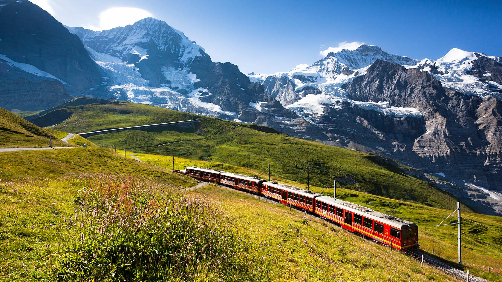 Best Beautiful panoramic view of jungfrau mountain alps landscape 1680x945
