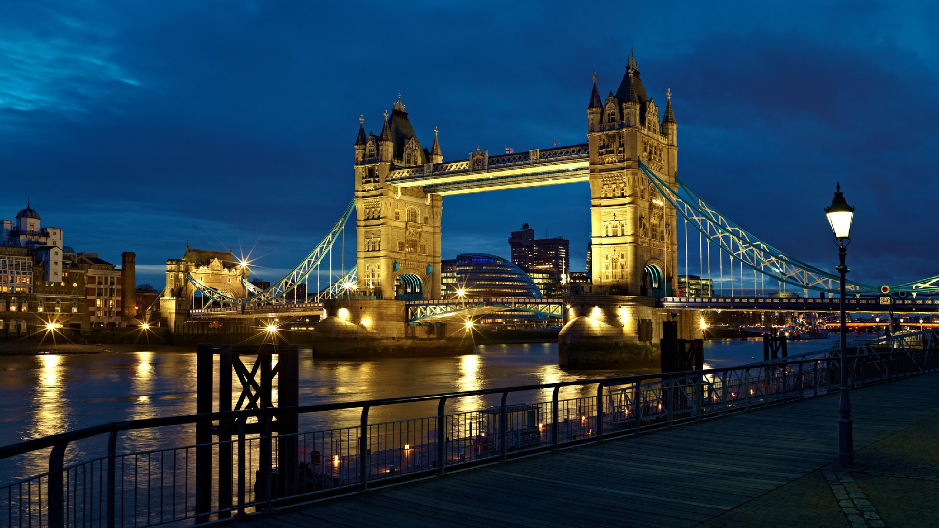 Thames Uk Tower bridge Lantern Wallpaper Background 4K Ultra HD 3840x2160