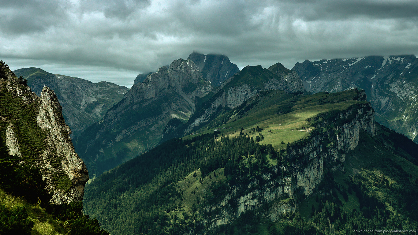 Download 1366x768 Green Mountains wallpaper 1366x768