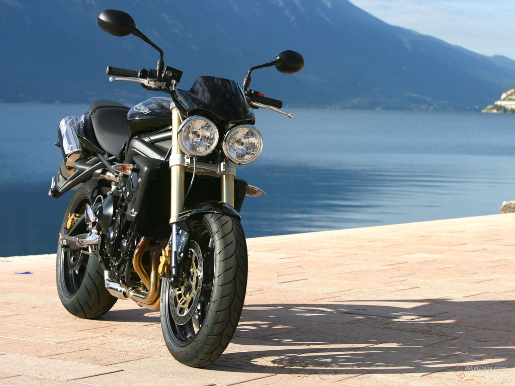 Triumph Street Triple Wallpapers Photos Pictures and Backgrounds 1024x768