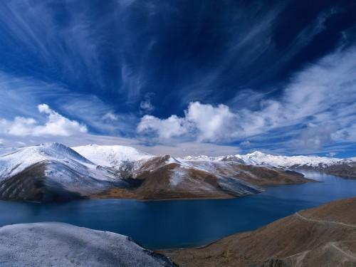 Deep Blue Sky Over Snow Mountain Screensaver Screensavers 500x375