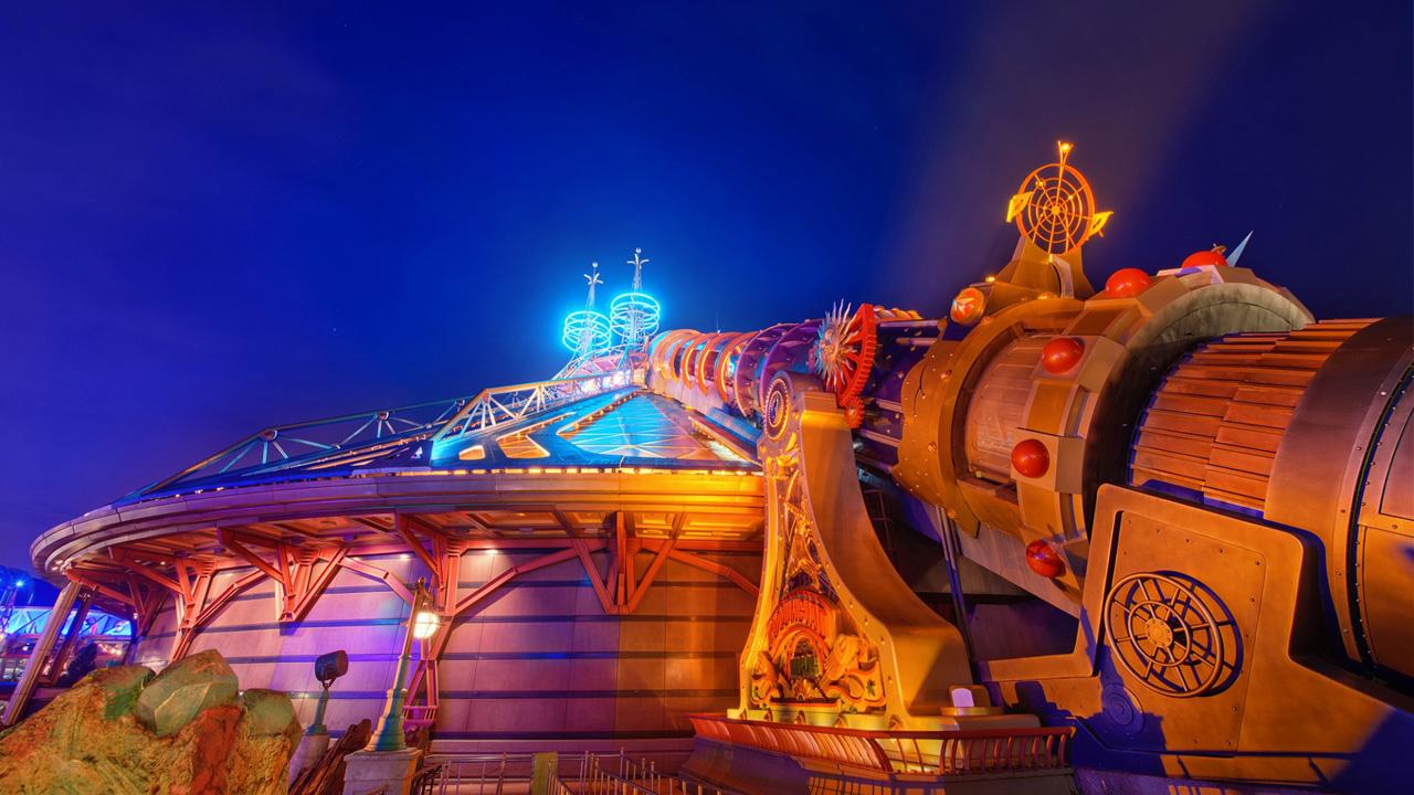 disneyland paris wallpaper wallpapersafari Disneyland 35th Anniversary Disney World 25th