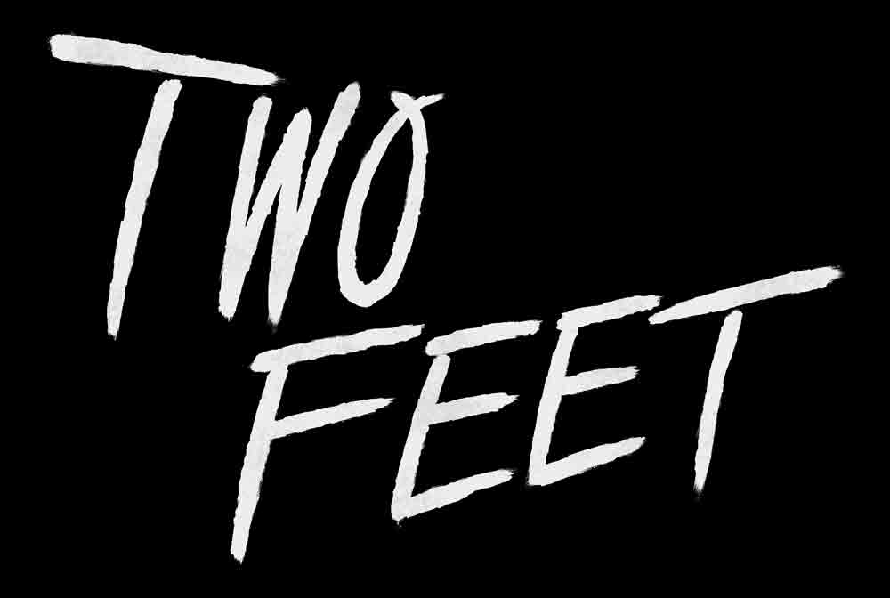 Two Feet 1000x672