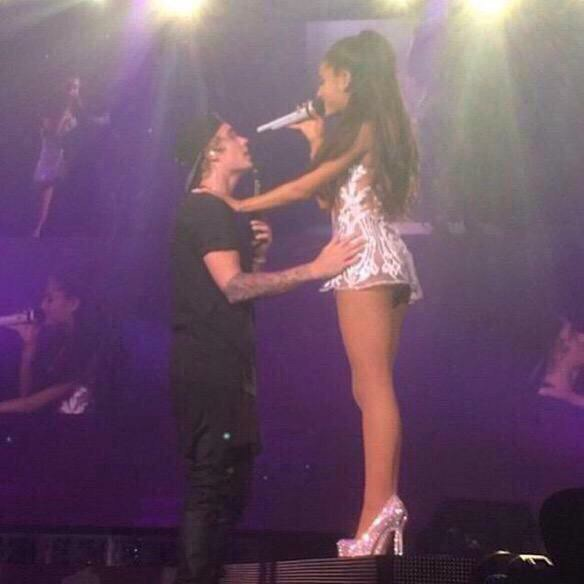 Ariana Grande Performing with Justin Bieber  24   GotCeleb 584x584