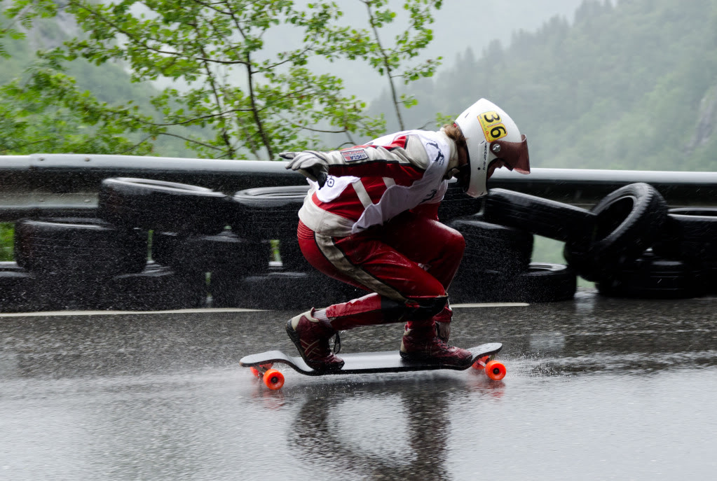 Longboard Downhill Wallpaper 38 notes downhillrain 1023x687