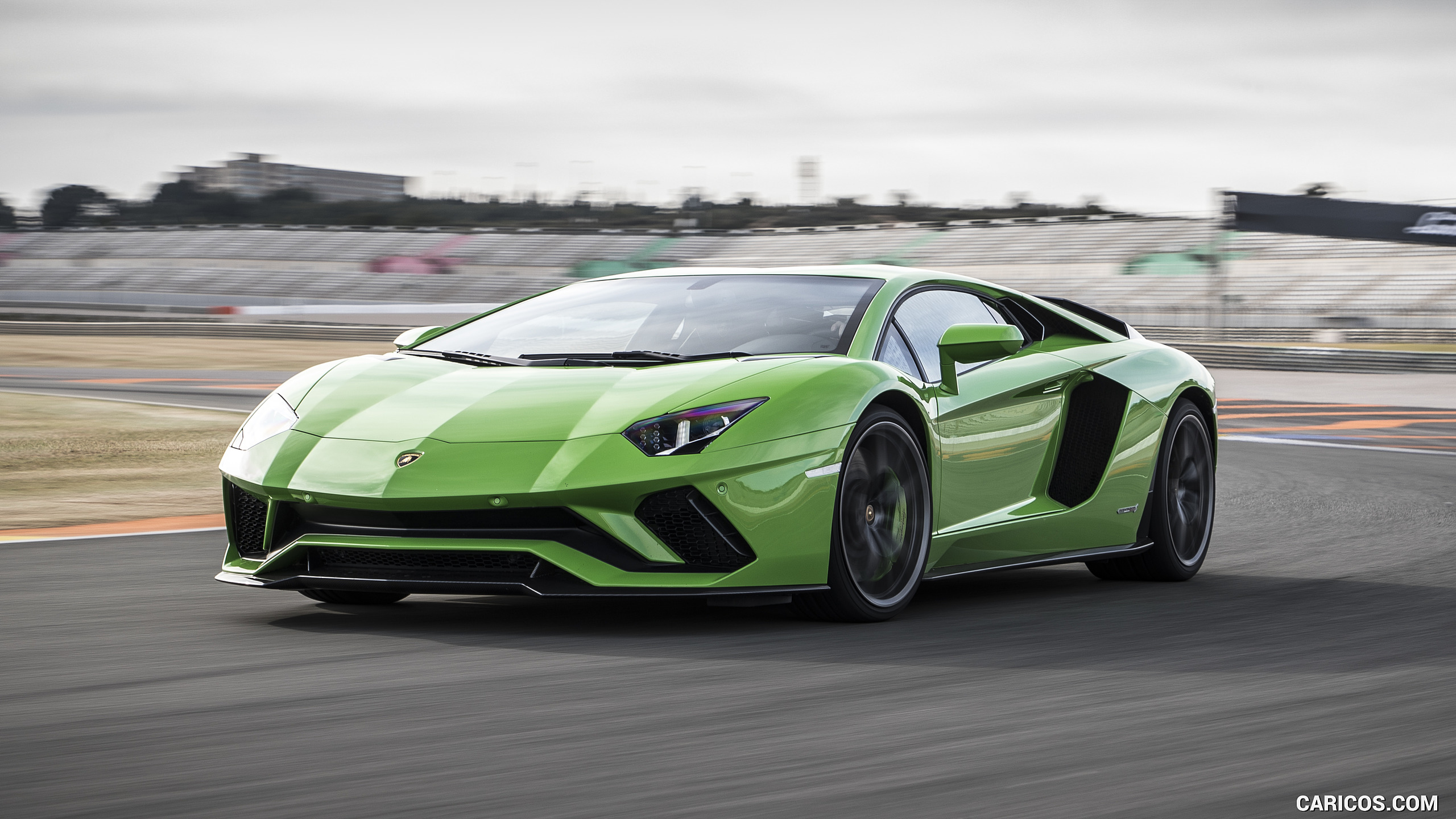 2017 Lamborghini Aventador S   Front Three Quarter HD Wallpaper 16 2560x1440
