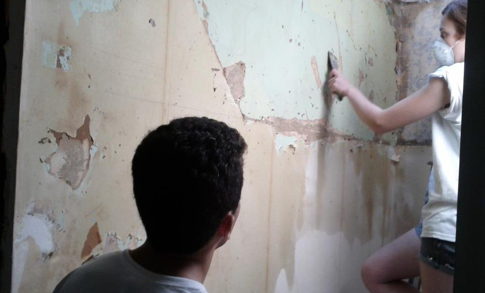 Most of the time it is not that difficult to remove wallpaper There 960x580