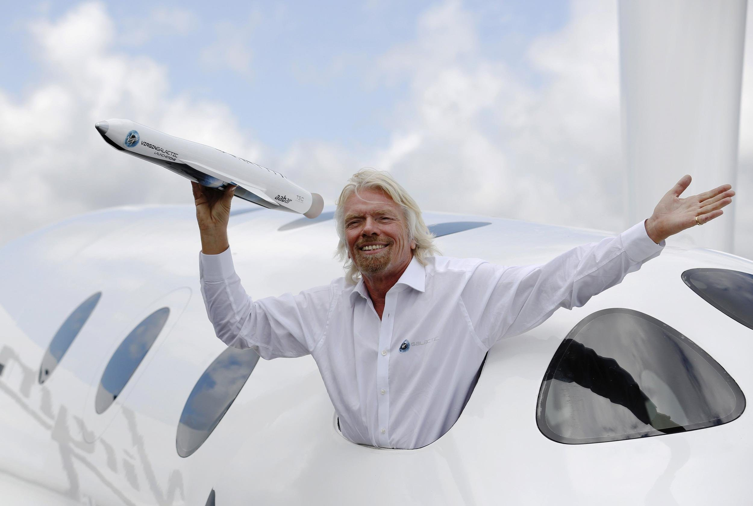 Richard Branson High Quality Wallpapers 2500x1681
