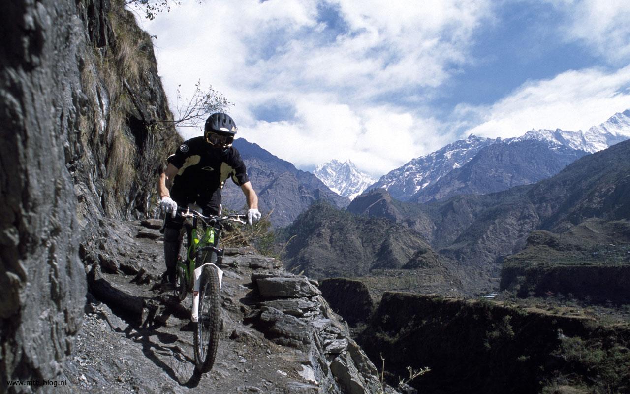download Mountain Bike Action Wallpaper Picture 186 Wallpaper 1280x800
