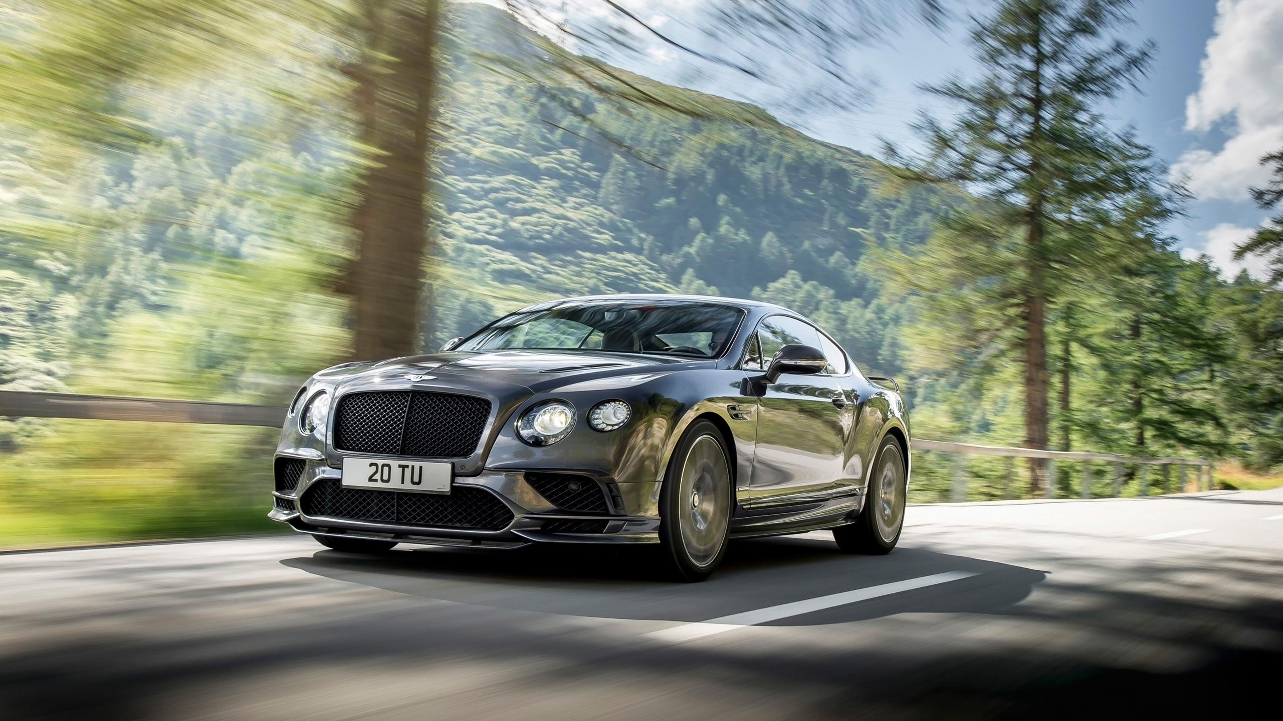 38+] Bentley Continental Wallpapers on