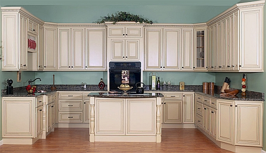 can you paint kitchen cabinets can you paint old kitchen cabinets can 530x304