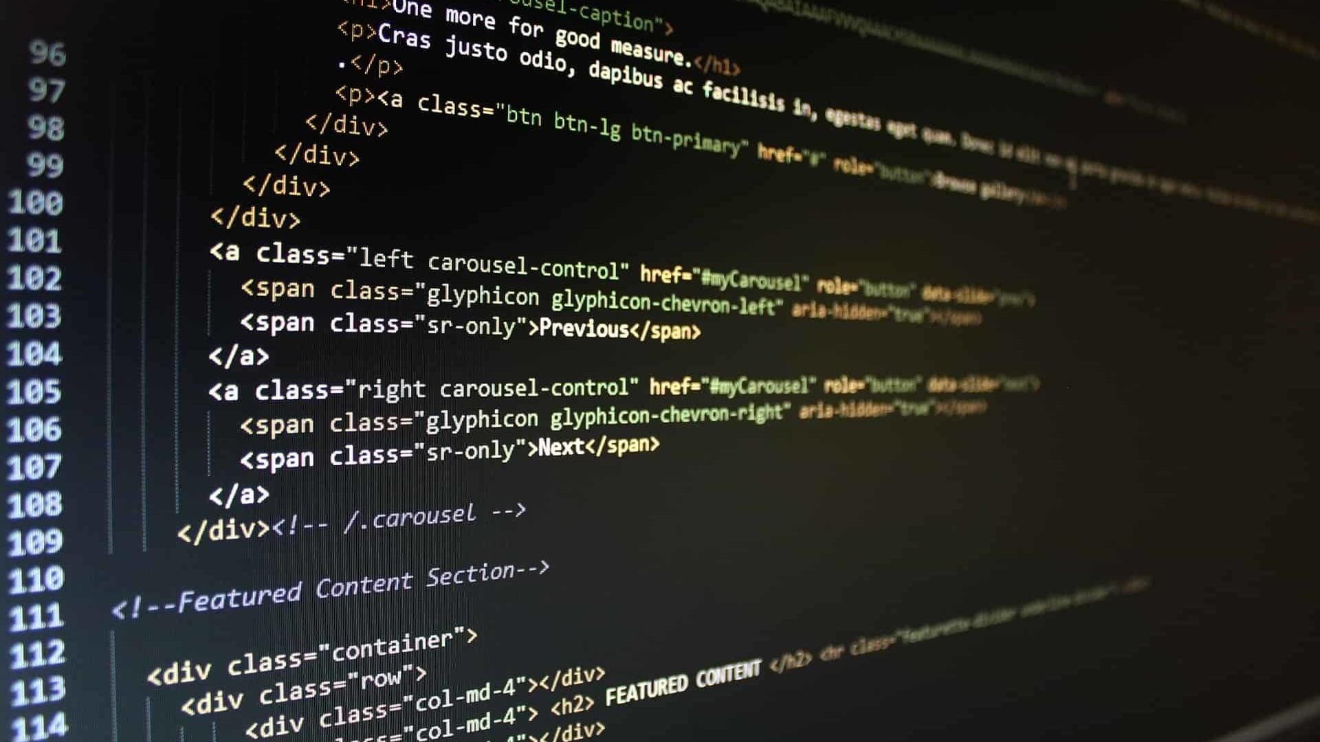 Flat screen montir syntax highlighting code HTML CSS HD 1920x1080