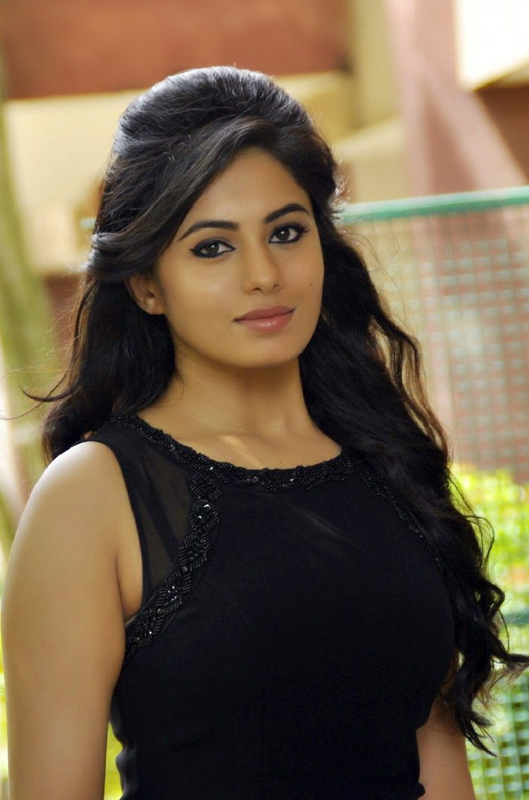 South Indian Actress Hd Wallpapers All Wallpapers in 2019 770x1165