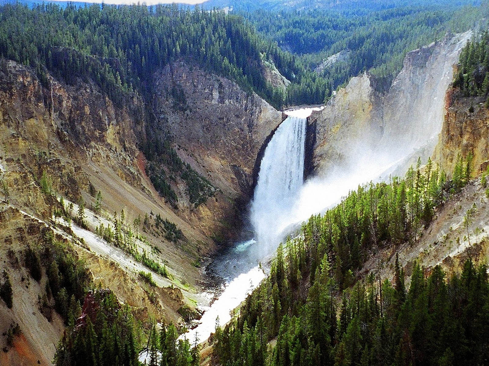 Yellowstone Park 1600x1200 WallpapersYellowstone National Park 1600x1200