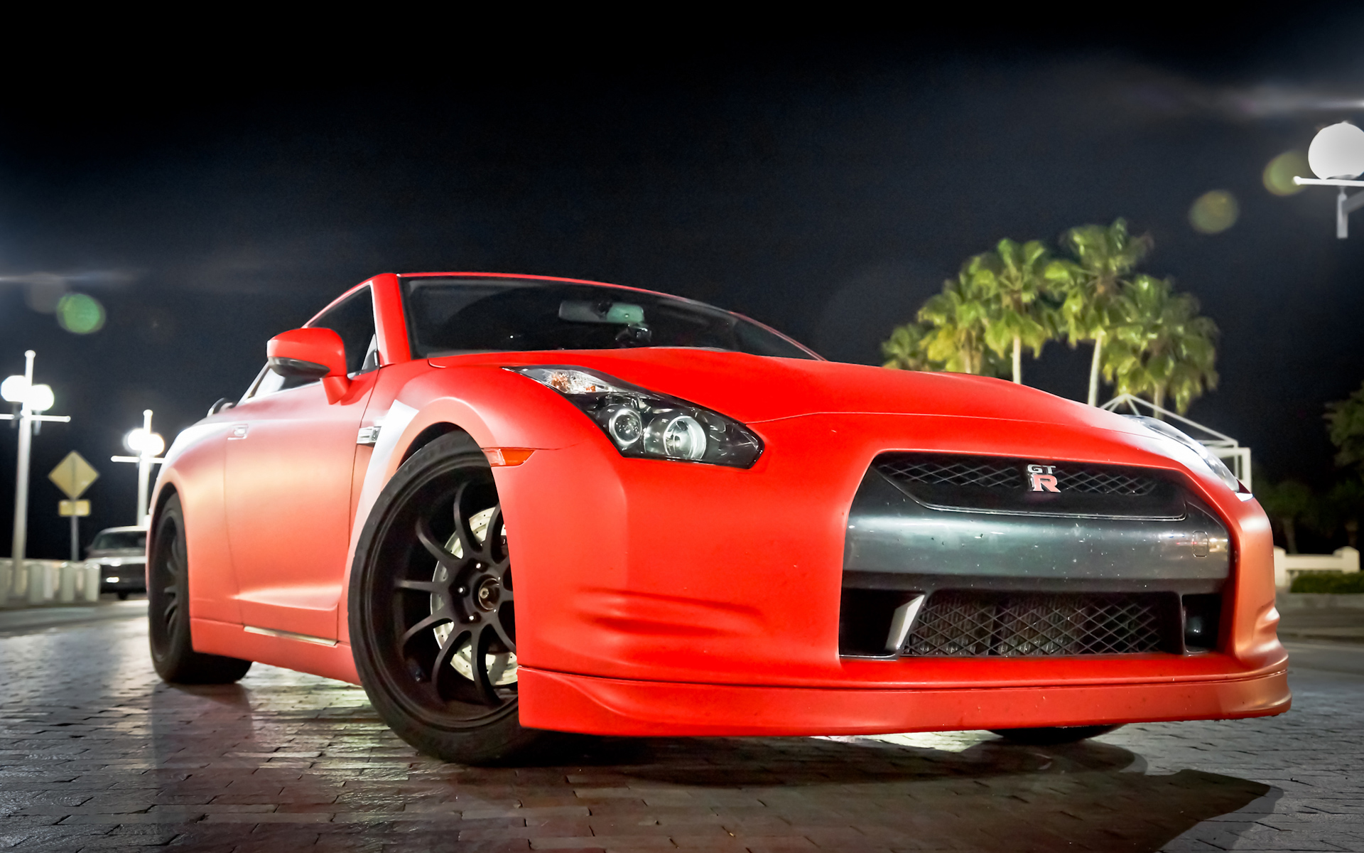 Related For Amazing GTR Wallpaper 1920x1200