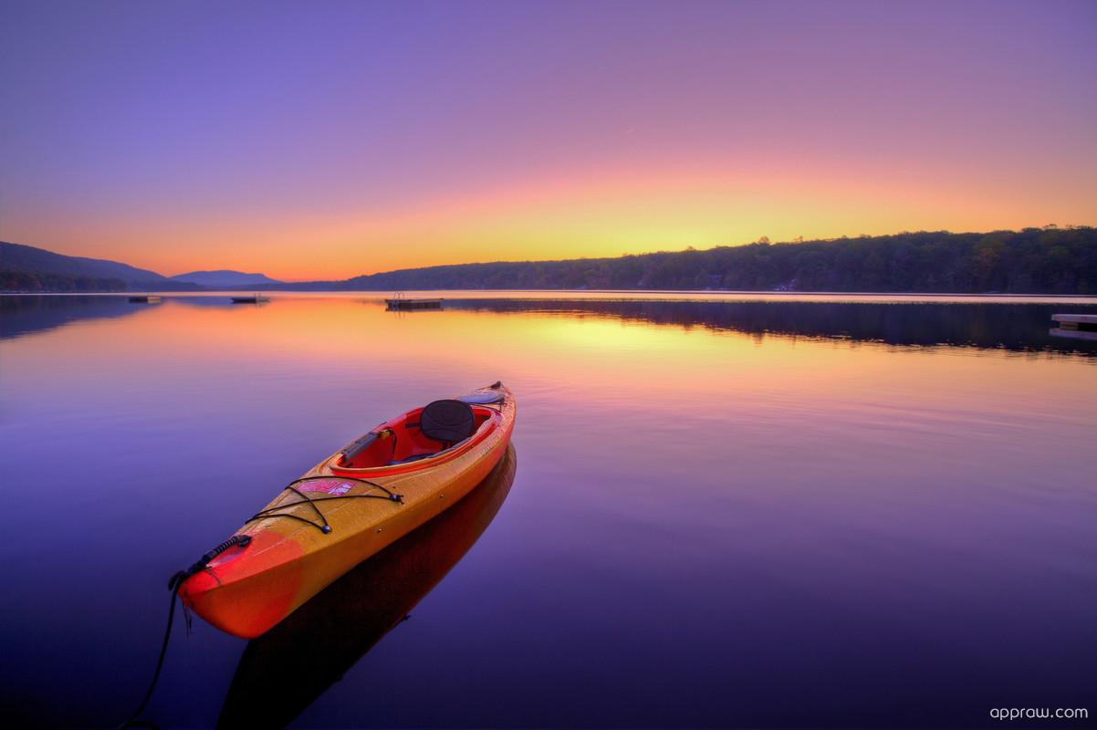 Free Download Kayak Floating On A Lake Wallpaper Download Lake Hd 1202x800 For Your Desktop Mobile Tablet Explore 93 Canoe Wallpapers Canoe Wallpapers Canoe Background Canoe Paddling Waikiki Wallpaper