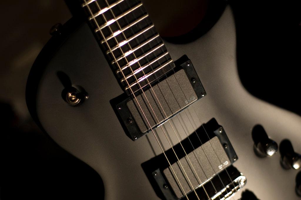 Free Download Esp Guitar 1024x681 For Your Desktop Mobile