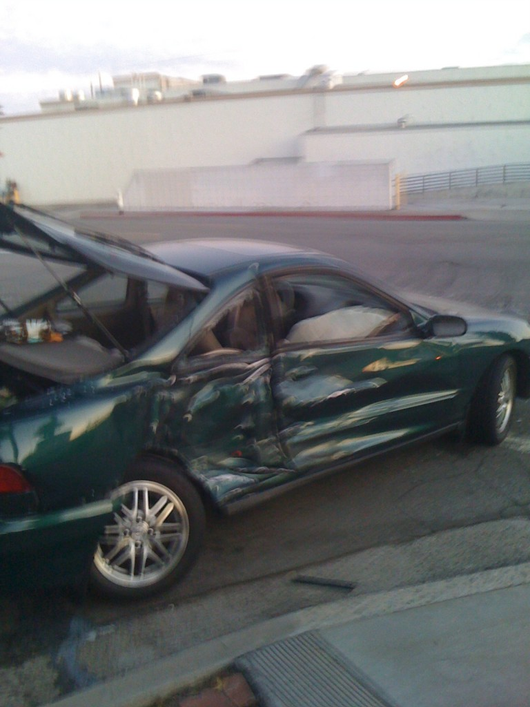 WALLPAPERS CAR ACCIDENTS 768x1024