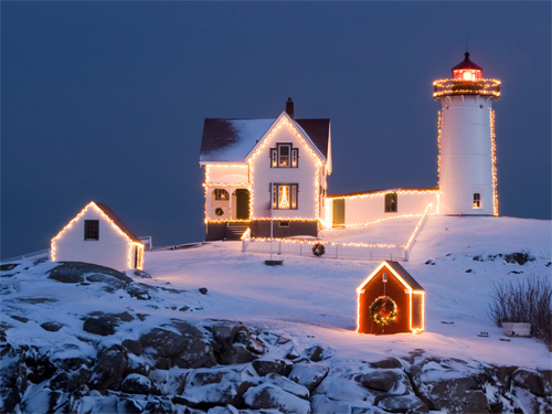 Beautiful Christmas and Winter Wallpapers For Your Desktop   noupe 500x375