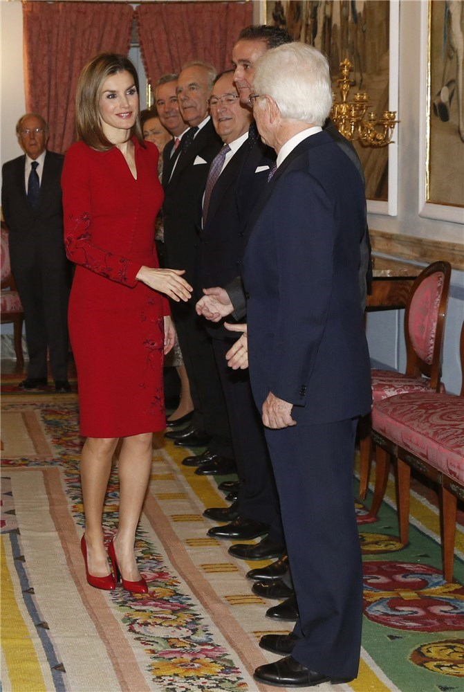 of spain queen letizia of spain photo 751495 0 vote 671x1000