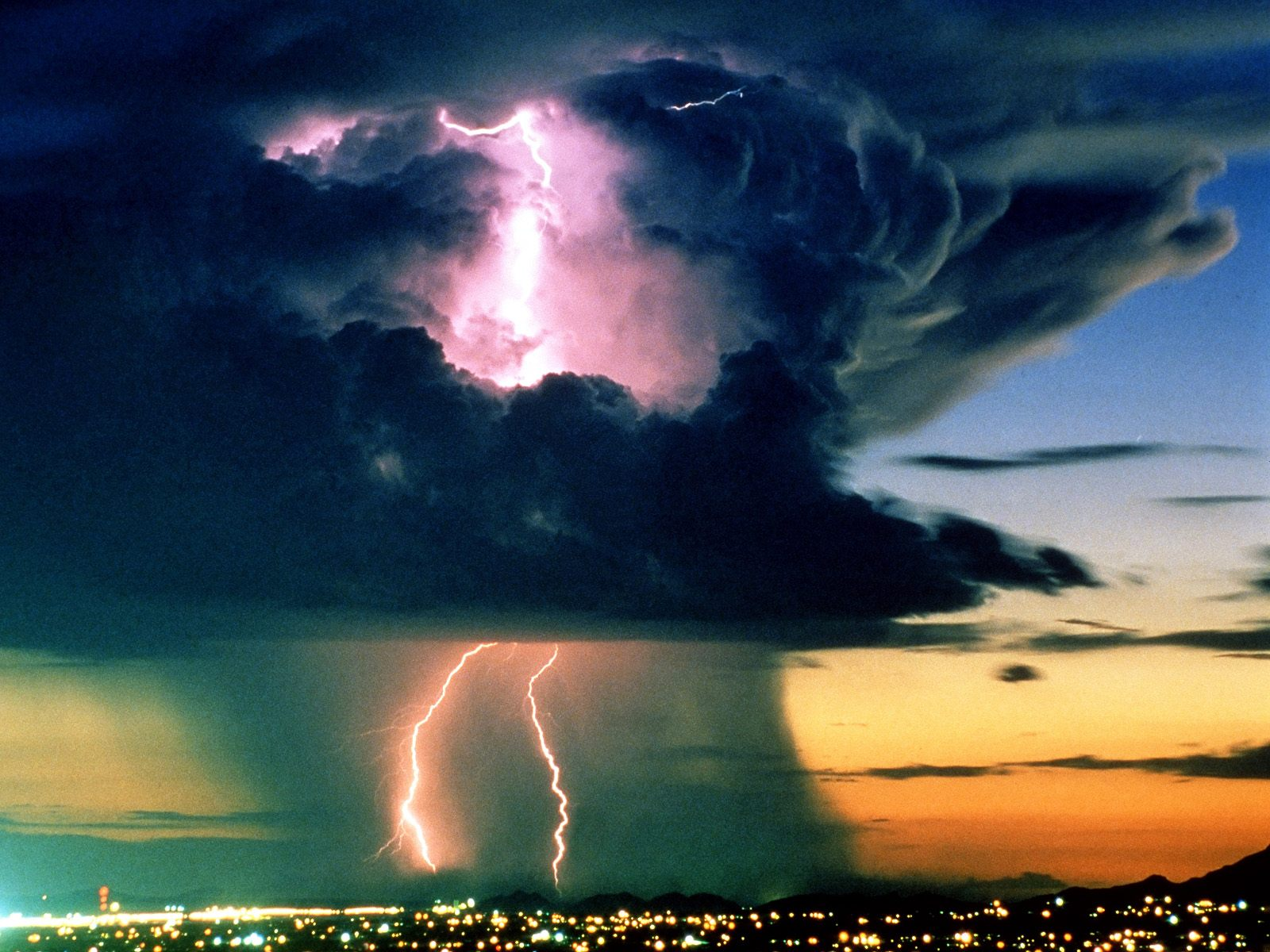 Awesome Lightning Wallpapers hd wallpaper background desktop 1600x1200