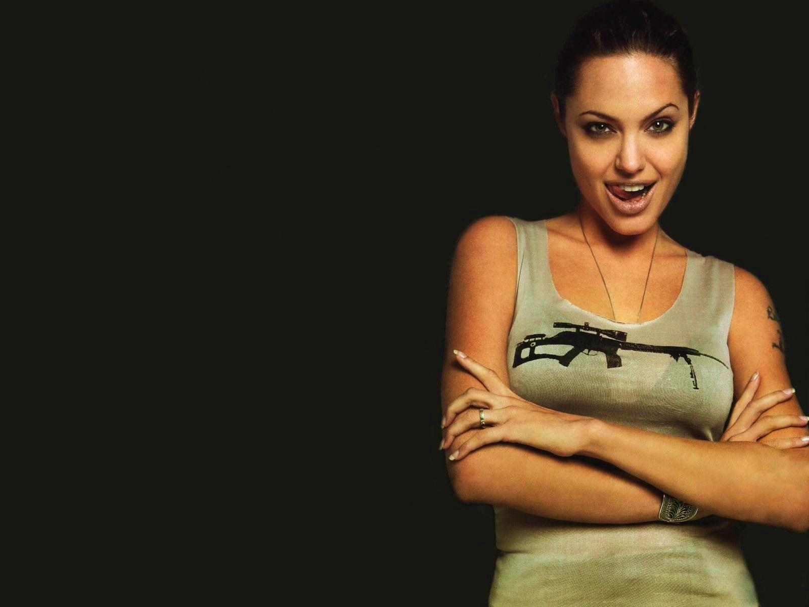 Angelina Jolie Wallpaper HD Wallpapers 1600x1200