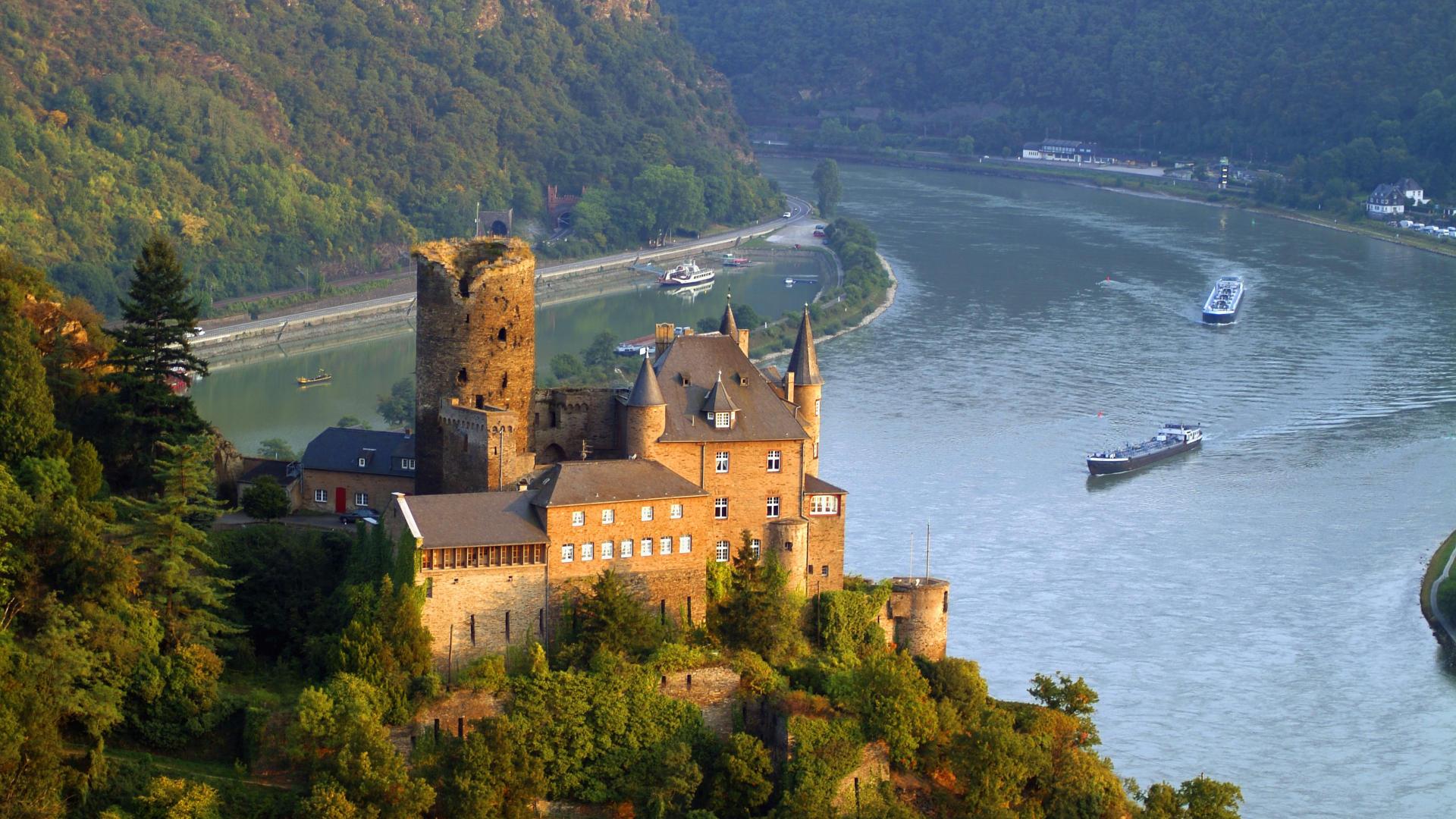 HD Beautiful Rhine European river that begins in the Swiss 1920x1080