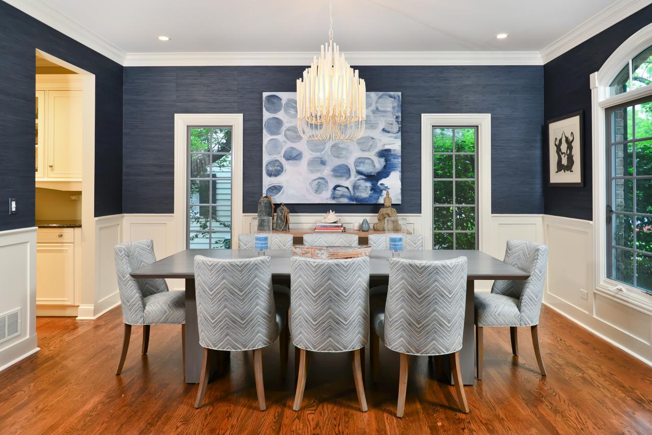 Wainscoting dining room wallpaper - Dining Room Wallpaper Trends